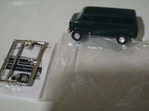 HO scale Chevy van Green for electric model trains