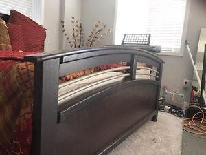 Queen size bed with frame  Kitchener / Waterloo Kitchener Area image 2