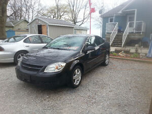 2010 Chevrolet Coupe, Good on Fuel