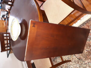 4 high chairs and dining table set w/leaf