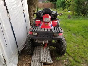 4x4 500 cc en bonne état prêt à rouler