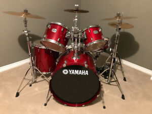 Yamaha Stage Custom Drums - Like New!