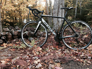 2014 Scott Speedster 50 bike (road bike) for sale with gear