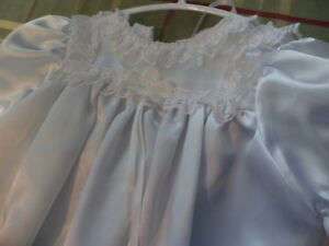 Baby Girls Christening / Baptism Gown 6 months size