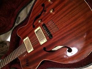 Godin Montreal Two Voice