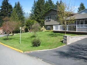 MOUNTAIN VIEW HOME  GOLD RIVER BC