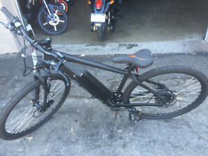 Juiced Cross Current 48 Volt Ebike/Pedal Assist Bicycle