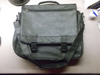 (New) Over the shoulder carry bag (laptop, tools, whatever)