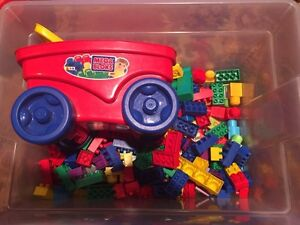 Large bunch of Mega Bloks with small wagon West Island Greater Montréal image 1