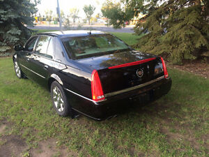 2006 Cadillac DTS Leather Sedan
