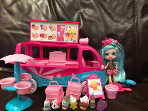 Shopkins and Shoppies