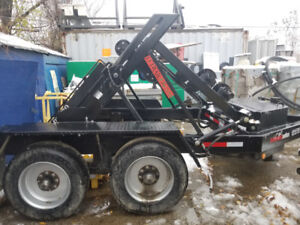 YR-2 SELF LOADING, YOKE STYLE CABLE REEL TRAILER, WITH ROLLERS