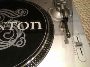 Stanton STR-8 30 Direct Drive Turntable West Island Greater Montréal image 3