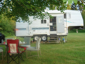 Roulotte 5th wheel a vendre 7500$