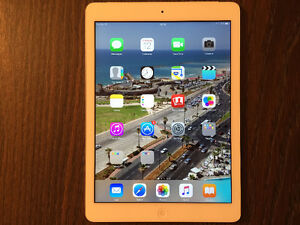 UNLOCKED iPad Air 128GB, Cellular, White, Mint Cond