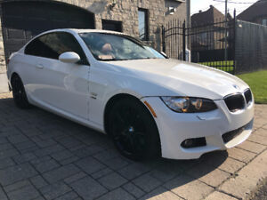 BMW  335i xDrive M Package Coupé - 2009