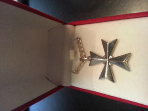 Maltese cross pendant and chain sterling silver
