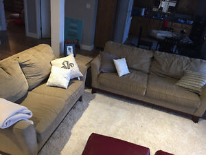 High Quality Sklar Peppler Couch and Love Seat
