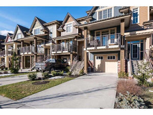 2300ft2 - 3br - -  AMAZING Townhome