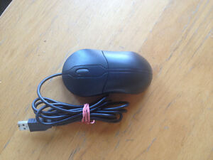 Dell USB Laser computer mouse