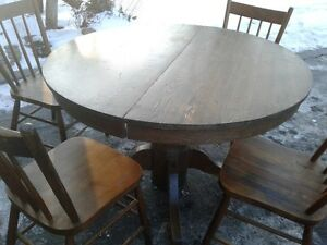 Oak table 4 chairs
