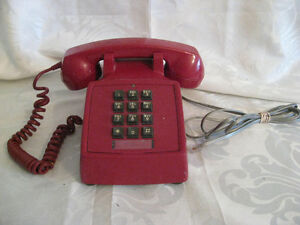 Retro 1970's Red Push Button Table Top Telephone