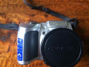 Olympus SP-510UZ Digital Camera