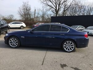 2012 BMW 5 SERIES 535I XDRIVE * AWD * LEATHER * SUNROOF * NAV *  London Ontario image 3