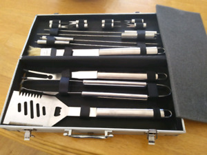 BBQ Tool Set & Cleaning Brush