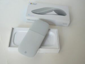 Surface mouse light grey New (open box) czv-00001