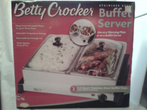 Betty Crocker  Buffet server Never Used