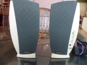 Haut-parleur amplifié Yahoo avec audio 3 D