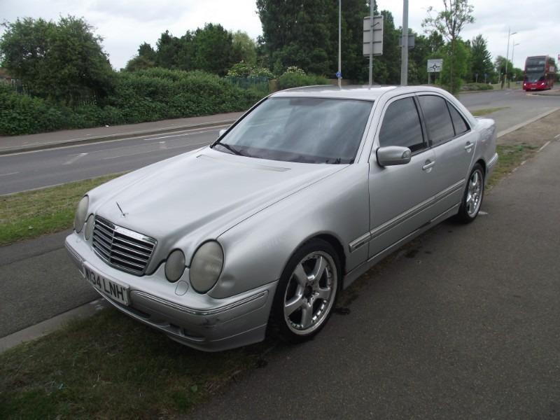 Mercedes benz e 200 avantgarde 2000 model w reg automatic for Mercedes benz 2000 models