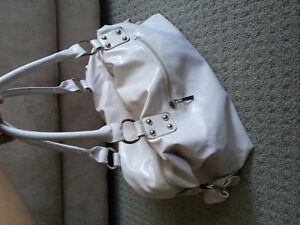 Women's white handbag shoulder bag purse London Ontario image 6