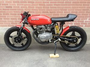 Honda Cb400 hawk cafe racer