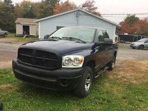 Mint Ram hemi 4x4 *Reduced*