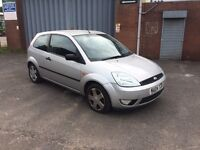 2004 04 Ford Fiesta zetec 1.4 . Spares or repairs. Drive away.