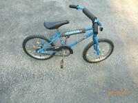 16 inch little Lightening Boys Bike