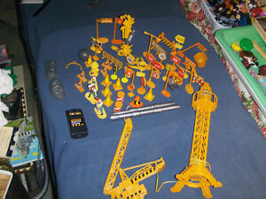 LOT OF 55 PIECES-POWER CRANE SET-CHINA-REMOTE-NOT WORKING