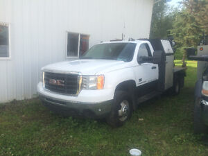 2007 GMC w/ Welding rig **Reduced Price**