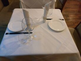 Small table: ideal for your dining room, living room ad bedroom.