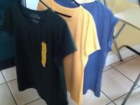 ☀️😎 3 women's T shirts size 14 (2 new )