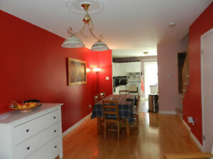 Oasis inside the city:  Townhouse in Rosemont for rent