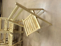 Set of 4 or 6 - folding wooden chairs