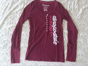 Gently used girl clothing (size from M to XL)