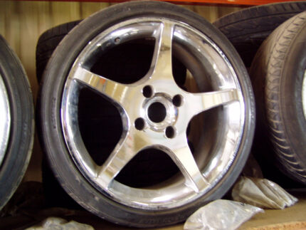17 INCH 4 STUD 114.3 mm FWD MAGS & TYRES CHROME JAWA JAPANESE Lonsdale Morphett Vale Area Preview