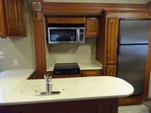 31ft. RL3 Select Suite Fifth Wheel Trailer