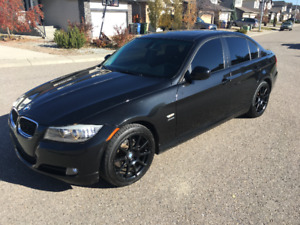2011 BMW 328i xDrive AWD FULLY LOADED WITH EVERY OPTION