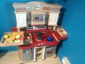 Cuisinière Step 2 avec Aliments melissa & Doug