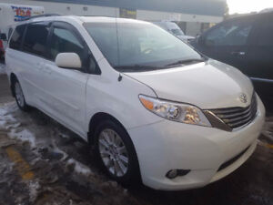 REDUCED!2014 Toyota Sienna XLE Accident free, only $29000!